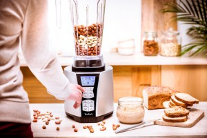 TEFAL-ULTRABLEND_PLUS-LIFESTYLE-NUTS