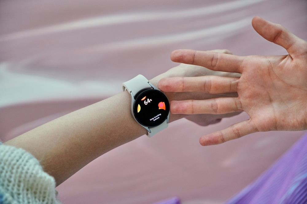 5. Galaxy Watch4_Lifestyle_Body Composition